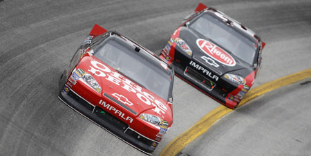 Harvick, not Stewart, appears to be Championship favorite