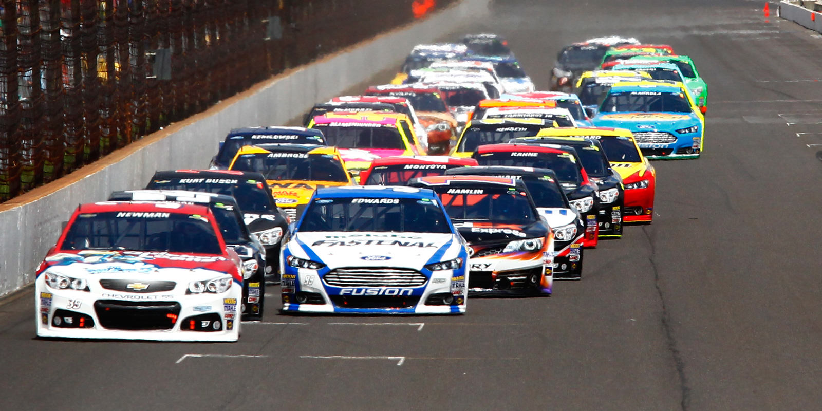 NASCAR Sprint Cup Race in Dover Reveals the Chase Qualifiers for Next Round