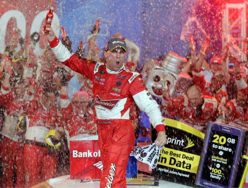 Harvick Wins Sprint Cup