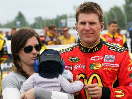 Jamie McMurray in pole position for Toyota / Save Mart 350